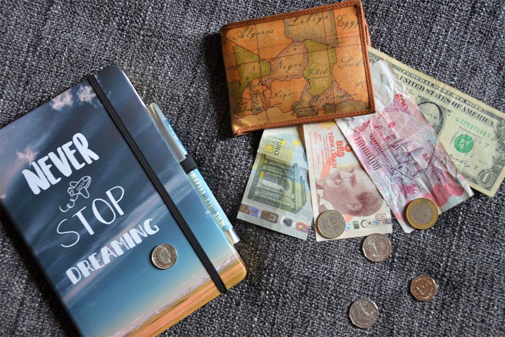 Consigli per spendere i soldi in viaggio